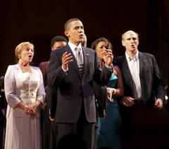 medium_090309-obama-sings-ted-kennedy-birthday.jpg